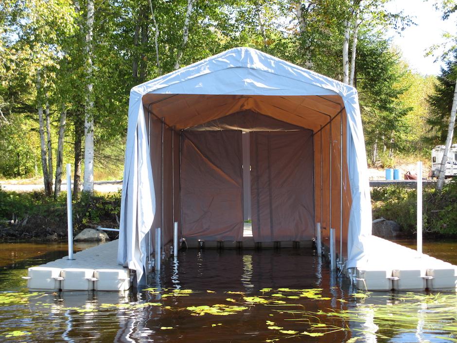 quai avec abri pour embarcation r alisations candock rive sud. Black Bedroom Furniture Sets. Home Design Ideas